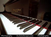 instrumental -background music (sad piano).mp3